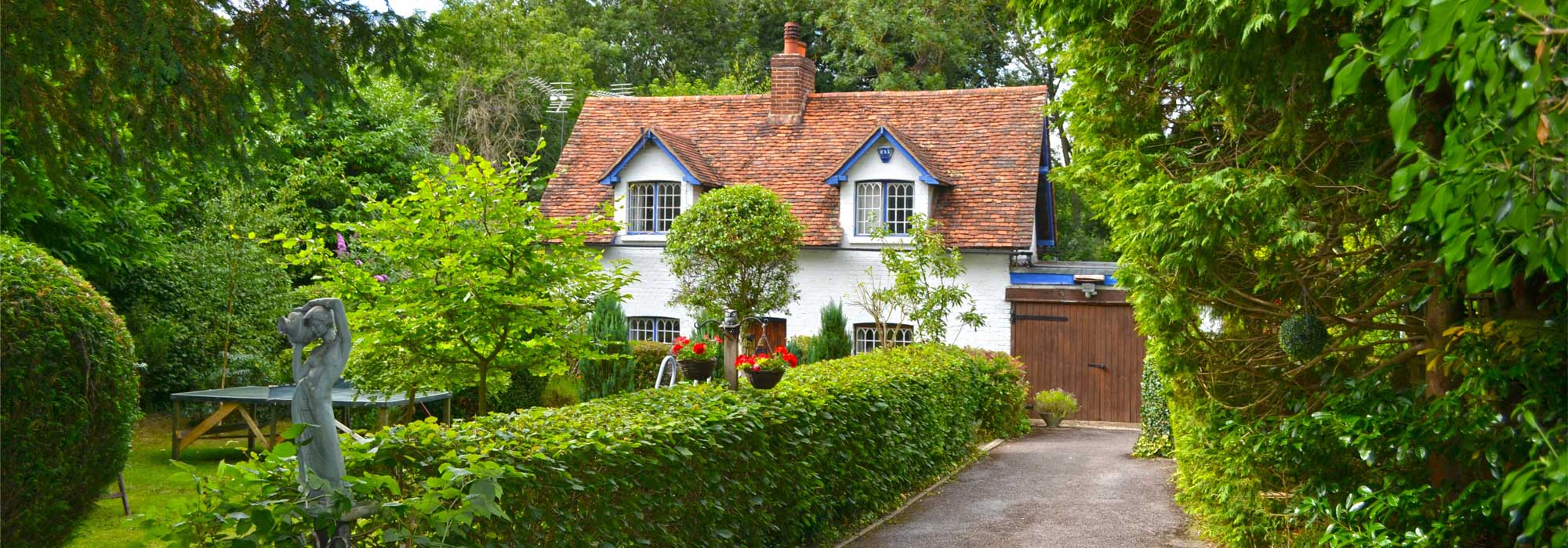 Lodge Hollow Cottage, Cock Lane, Hoddesdon, Herts, E11 8LS