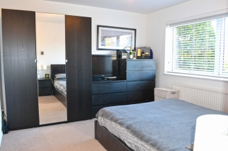Bedroom One_320x213