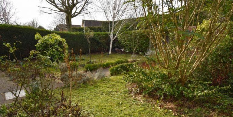 Front Garden_1024x683