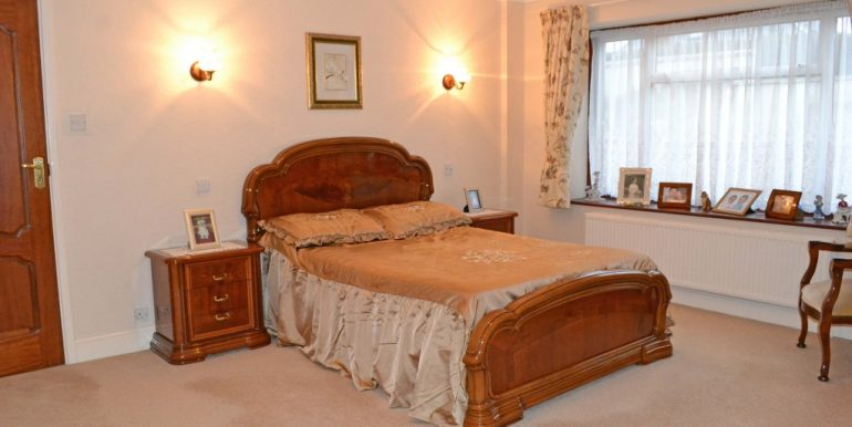 Principal Bedroom_1024x674