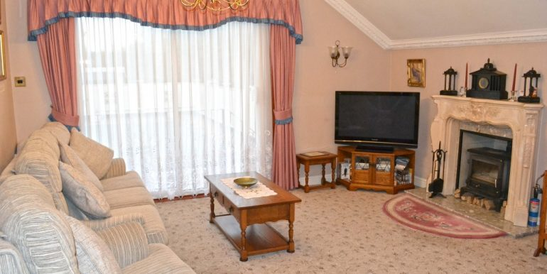 Sitting Room 1 of 2_1024x683