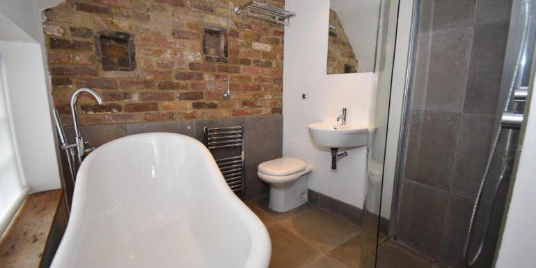 En-Suite Bath-Shower Room_1024x683