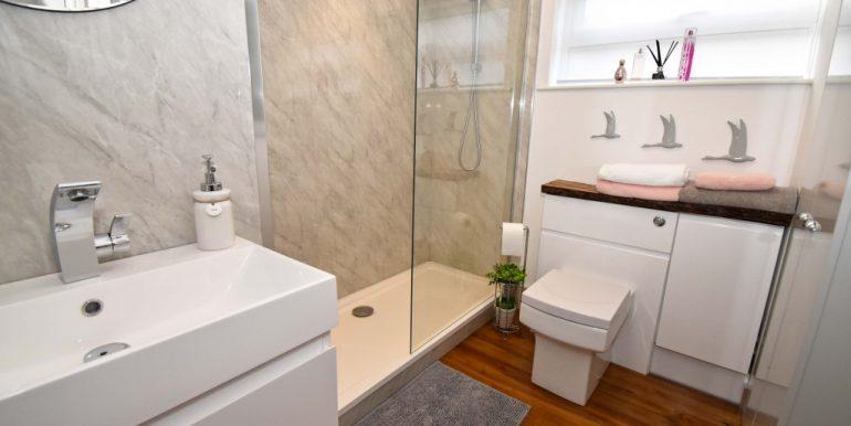 Family Shower Room_1024x683
