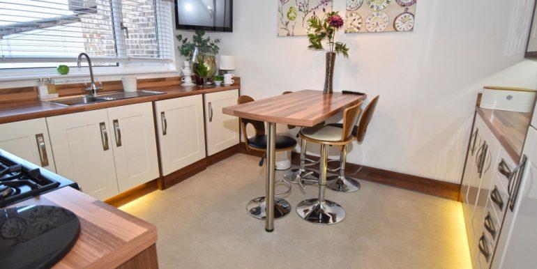 Kitchen-Breakfast Room 1 of 3_1024x670