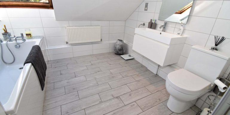 Bath-Shower Room 1 of 2_1024x683