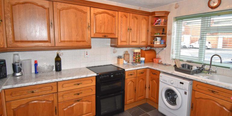 Kitchen 1 of 2_1024x671