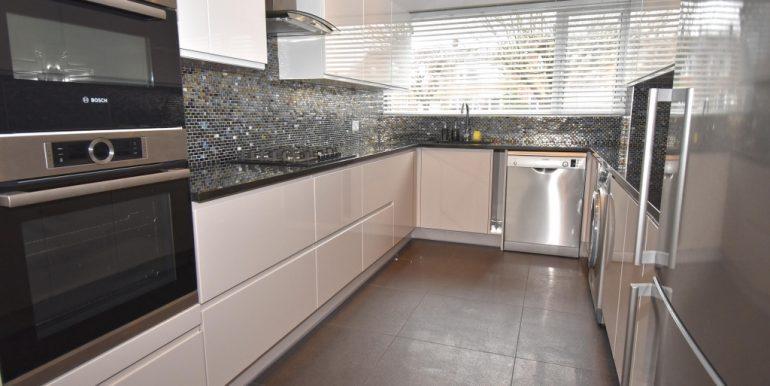 Kitchen_1024x671