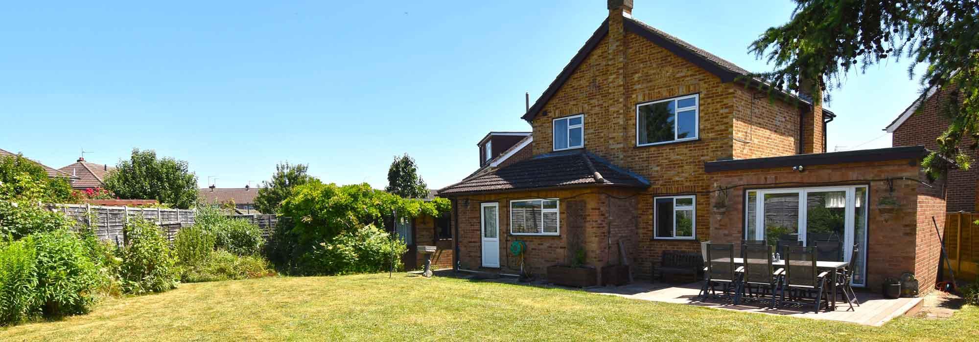 Barnfield Close, Hoddesdon, Hertfordshire, EN11 9EP.