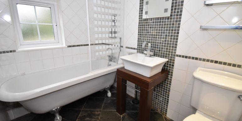 Family Bathroom_1024x683