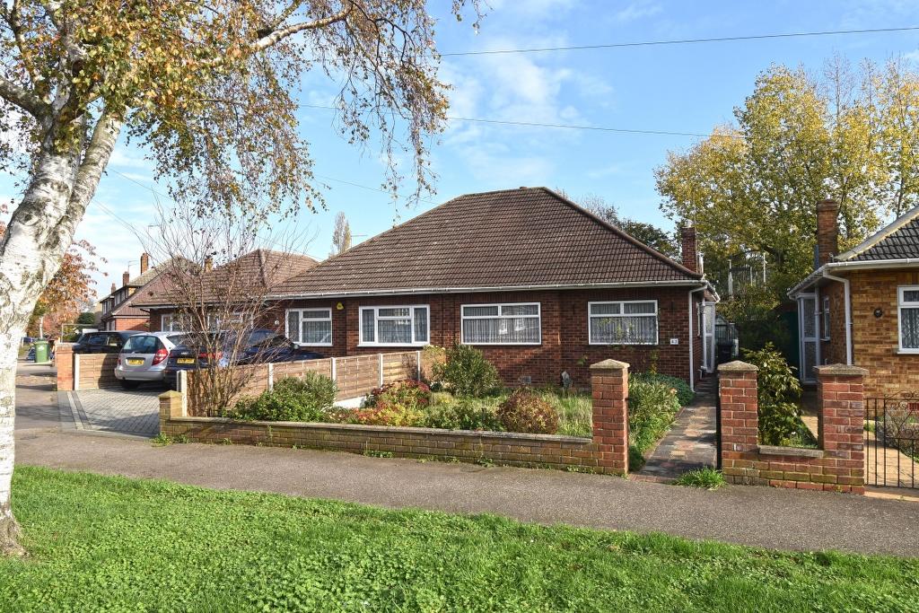 Dudley Avenue, Waltham Cross, Hertfordshire, EN8 8RJ