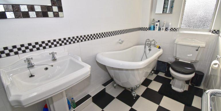 Bath-Shower Room 1 of 2_1024x673