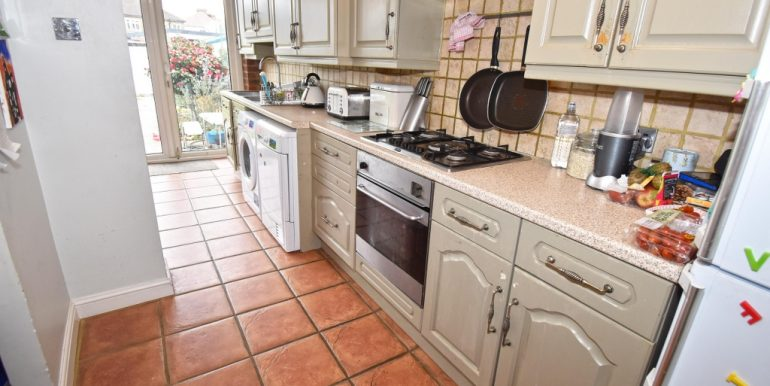 Kitchen Area 1 of 2_1024x683
