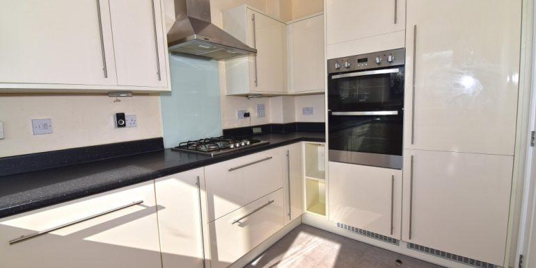 Kitchen 2 of 2_1024x672