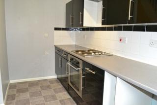 Kitchen 2 of 2_320x213